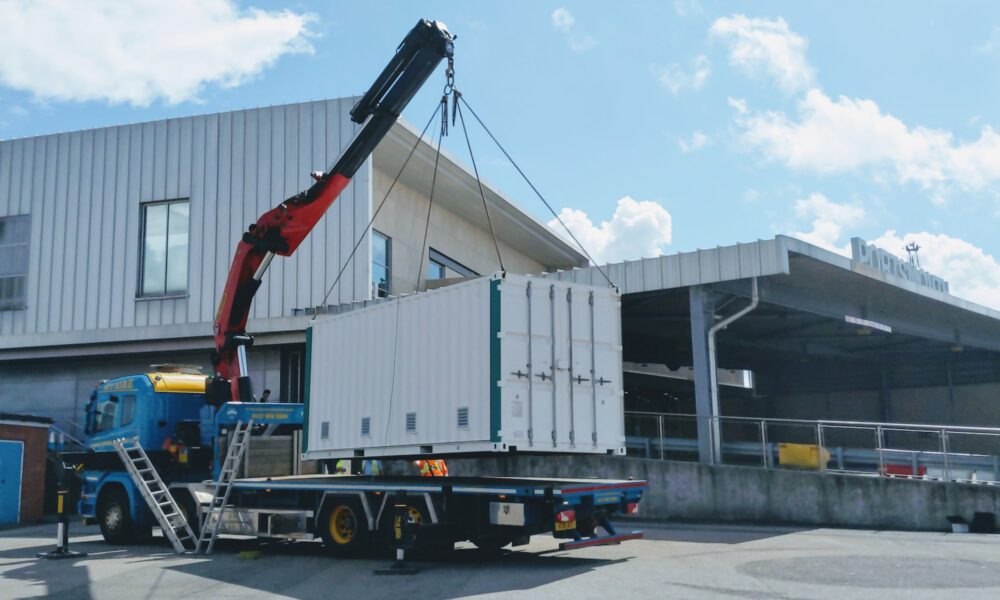 Delivery of innovative battery to Portsmouth International Port